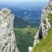 Zwischen Felsentürmen das Mittelland