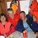 den langen Hüttenaufstieg geschafft, zufrieden - und frohen Mutes auf die morgige Tour auf's Bishorn: [u ursula], [u gero] und Erwin