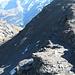Rückblick auf meinen Aufstieg - der markierte und gesicherte Steig verläuft rechts davon über den Grat