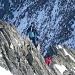 Blockkletterei am Gipfelgrat