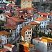 Porto: Alte Häuser am Ufer des Rio Douro.