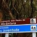 Wohl eine der am besten gelegene Unterkünfte für die Besteigung des Montanha do Pico ist die Jugendherberge in São Roque. WIr erreichten die Unterkunft vom Flughafen mit dem Taxi.