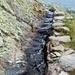 Parte dell'acquedotto scavato direttamente nella roccia.