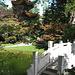 Der Chinesische Garten mit seinen Türmchen und Brücken.