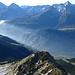 Tiefblick über den Poncionetto - erster Gipfel heute - ist die Leventina