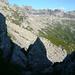 Val Cranzünasc vom Übergang zum Cranzünell 2120m: Über dem weiten oberen Talkessel der Pizzo d'Orsalietta 2476m, die Ciavena Alta 2394m und der Pizzo della Cazzana 2349m