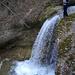 Eindrückliche Kaskade zu Beginn des Jomertobels (Foto [U sglider])