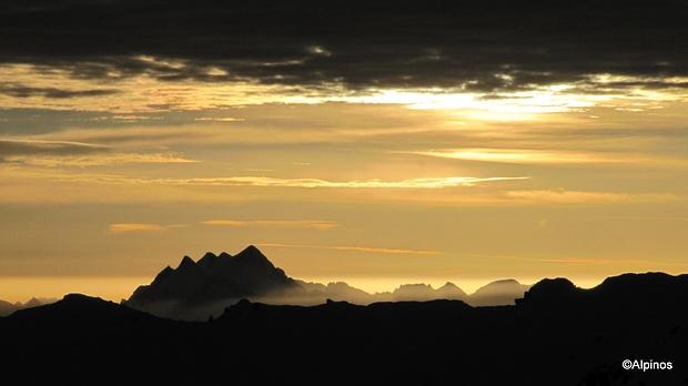 kann es etwas schöneres geben, als einen Sonnenaufgang in den Bergen...