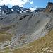 Imposante Gletschermoräne am Ende des Jungtals. Wir werden sie nun überschreiten. Und die Wasulicke, unser heutiger Höhepunkt, wird auch sichtbar.