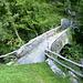 Il ponticello che porta al bivio fra la Val Pincascia e la Val d'Agro