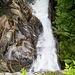 La forza del torrente dopo la cascata