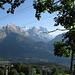 Blick über die Engelhörner und das Wetterhorn zum Eiger