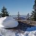 Schneeplastik auf dem abgeblasenen Kamm des Mont Racine