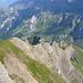 Von oben ganz brav: Rückblick auf den SE-Grat, im Hintergrund der Oberalper Grat