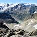 Auf dem Gipfel. Blick zum Steinhüshorn, das ich letztes Jahr bestiegen habe (Mitte): www.hikr.org/tour/post14787.html<br />