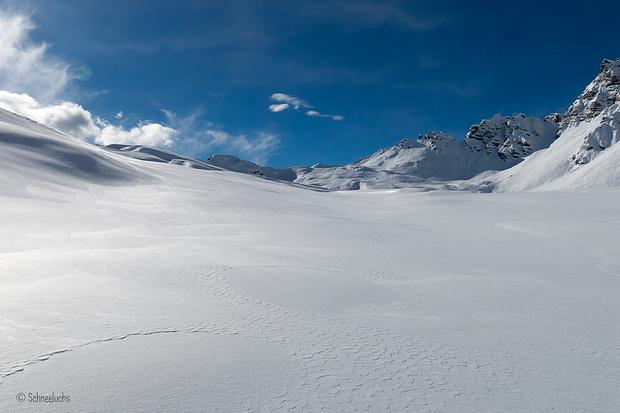 Meravigliose strutture di neve intoccata