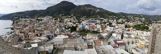 Lipari, der Hauptort der Insel Lipari