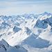 Gipfelpanorama in Richtung Piz Alv (aufgezoomt)