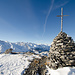 Gipfelkreuz beim P.2633. Irgendwie mag ich die kleinen aus Holz mehr als massive Metallkonstruktionen.