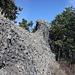 Kuzov - Blick zum südlichen Gipfel, der mit knapp 400 m ca. 20 m niedriger ist, als der nördliche (Haupt-) Gipfel.