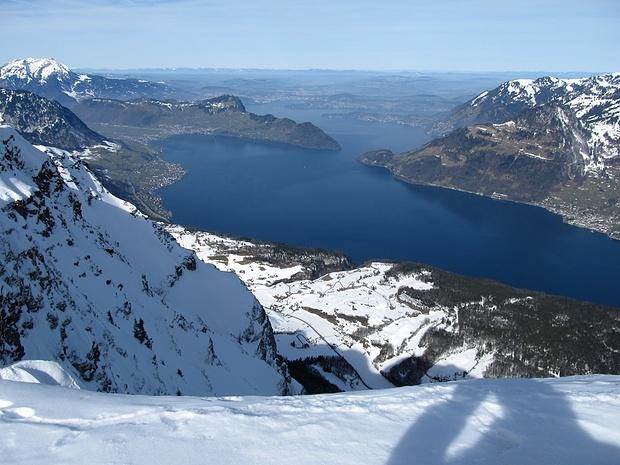 1500 Höhenmeter tiefer liegt der Vierwaldstättersee