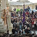 La processione del venerdì santo.....Stanno per uscire dalla chiesa