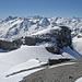Am Horizont Fleckistock, Stucklistock, Sustenhorn, Gwächtenhorn, davor der Chli Spannort