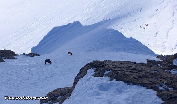 Nachkommende Bergsteiger