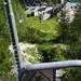 Start zur Marmolada-Tour – in einem Metallkorb über dem Lago di Fedaia, bitte nicht rausfallen
