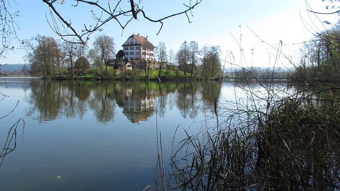 Ein Bild, das draußen, Wasser, Natur, See enthält.  Automatisch generierte Beschreibung