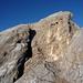 """Ziel in Sicht. Bei diesem Felsenfenster endet der """"ewige"""" Klettersteig."""