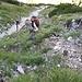 geröllig im Steilhang ist der Normalanstieg zum Hohen Straußberg mühsam