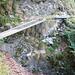 Zwischen Cogliata und Monte di Dentro - neue Stege helfen die Steilhänge zu traversieren