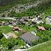 Blick von der Kirche ins Dorf