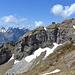 [http://f.hikr.org/files/1752176.jpg Panorama] mit dem ganzen Hächlengrat.