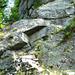 Zwischen Launc und Chient - Felspassage mit Seil gesichert