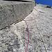 Die Slanting Edge, meine persönliche Schlüsselstelle. Der Riss ist sehr schmal und die Kante drängt einem ab. Schön, wie die Friends im Riss stecken.