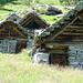 Alpe d'Arnau - original erstellte Holz-Steinhäuser