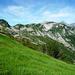 Gegenanstieg auf 2120m wegen dem tiefen Graben des Ri d'Arnau - im Hintergrund den Om Cupign