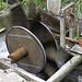 Rasant drehendes Wasserrad