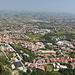 San Marino - Ausblick entlang der steilen Abbrüche bei Guaita (aka La prima torre/Erster Turm bzw. Rocca).