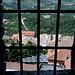 San Marino - Spezielle Aussicht von der Festung Guaita. Diese wurde bis 1975 auch als Gefängnis verwendet, möglicherweise hat also früher der eine oder andere Sträfling ähnliche Ausblicke gehabt.