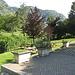 an diesem schönen Rastplatz in Rógaro zweigt der Bergweg links von der Fahrstrasse ab