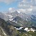 Blick nach Osten zur [http://www.hikr.org/gallery/photo1793939.html?post_id=96235#1 Schesaplana], wo ich am folgenden Wochenede war. Ganz in der Ferne die Gletscherberger der Silvretta.