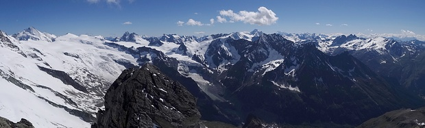 Panorama Pointe de Bricola nach Westen!