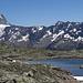 einer von mehreren kleinen Seen am Lötschenpass