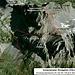 Die ungefähre Route vom Fahrsträsschen zum Mettener Butzli auf den Schächentaler Windgällen. Das Bild ist von Google und zeigt den Berg von seiner Südsüdwestseite. Die Schwierigkeiten bis P.2537m sind maximal T3; vom P.2537m zum Gipfel ist die Route mit T5+ (oder WS) zu bezeichnen. Dank der dort stellenweise montierten Stahlseilen an den heikelsten Stellen überschreittet die Kletterschwierigkeit nie den II-Grad.