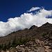 Im Abstieg: Quellwolken über den beiden Gipfeln