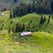 Blick hinab zur Alp Täli und Surebode