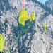 Erreichbar mit Abseilpiste (Rot). Grün: Kraxelweg. Gelb: Kletterrouten/-türme.<br />Vogel: Steinadler :-)